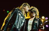 Feb 15, 1989: HUNTER RONSON - Joe Ellion on stage - Dominion London
