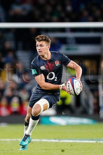 19.11.2016. Twickenham, London, England. Autumn International Rugby. England versus Fiji.  Henry Slade of England runs in open field.   Final score: England 58-15 Fiji.