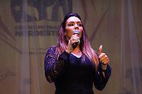SAO PAULO, SP - 26.11.2016 - CASAMENTO COMUNIT&Aacute;RIO SP - Cantora Simoni se apresenta durante casamento coletivo no Centro de Tradi&ccedil;&otilde;es Nordestinas, na zona norte de S&atilde;o Paulo neste S&aacute;bado (26).<br /> <br /> (foto: Fabricio Bomjardim / Brazil Photo Press)