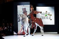Sophie Thalmann <br /> Parigi 29/10/2013 Salone del Ciccolato <br /> Sfilata celebrities con vestiti di cioccolato <br /> Foto Le Goff Panoramic / Insidefoto