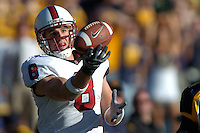 2 December 2006: Evan Moore makes a one-handed catch for a 51-yard touchdown during Stanford's 26-17 loss to Cal in the 109th Big Game at Memorial Stadium in Berkeley, CA.