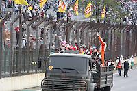 SAO PAULO, SP, 08/07/2012,  F. TRUCK,  A 5 Etapa da F. Truck deve acontecer com chuva neste Domingo  (8), hoje pela manha os pilotos fizer um Warm Map. Na foto o caminhao do exercito no Desfile dos pilotos.  Luiz Guarnieri/ Brazil Photo, press