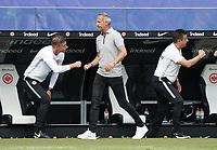 Trainer Adi Hütter (Eintracht Frankfurt) klatscht ab nach dem 3:2 Sieg<br /> - 27.06.2020: Fussball Bundesliga, Saison 19/20, Spieltag 34, Eintracht Frankfurt vs. SC Paderborn 07, emonline, emspor, Namen v.l.n.r. <br /> <br /> Foto: Marc Schueler/Sportpics.de/Pool <br /> Nur für journalistische Zwecke. Only for editorial use. (DFL/DFB REGULATIONS PROHIBIT ANY USE OF PHOTOGRAPHS as IMAGE SEQUENCES and/or QUASI-VIDEO)