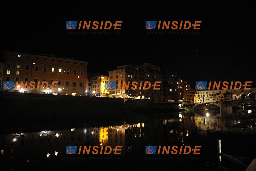 Firenze Lungarno e Ponte Vecchio.Firenze 27/3/2012.Foto Insidefoto / Guido Aubry