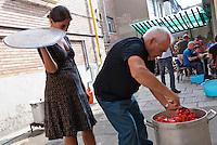 """""""Salsa Matta"""" passata fatta in casa. Bagni pubblici di via Agliè. Torino"""