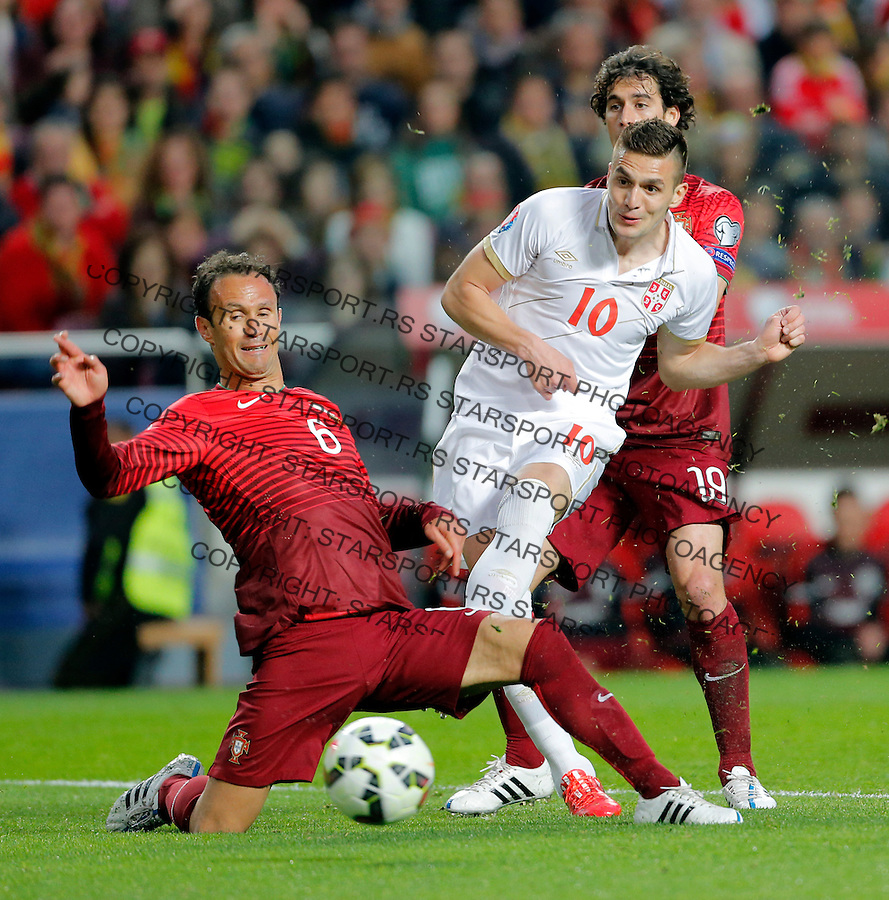 Dusan Tadic Ricardo Carvalho Uefa EURO 2016 qualifying football match between Portugal and Serbia in Lisboa, Portugal on March 29. 2015.  (credit image & photo: Pedja Milosavljevic / STARSPORT)