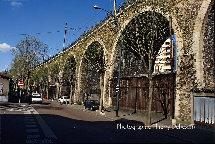 1989-1994; Issy Les Moulineaux; Les Arches;