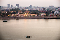 March 08, 2015 - Phnom Penh, Cambodia. Royal Palace and Riverside. © Nicolas Axelrod / Ruom