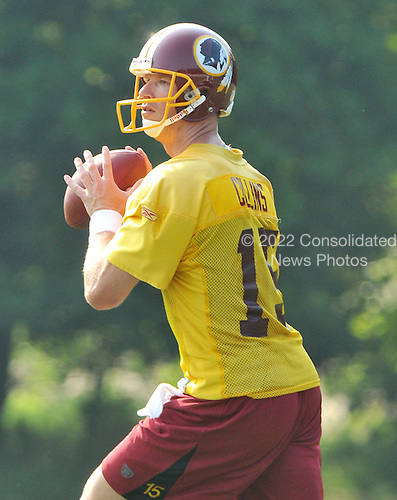 Ashburn, VA - July 20, 2008 -- Quarterback Todd Collins (15) looks for a receiver during passing drills during the morning practice at the opening day of the 2008 Washington Redskins training camp at Redskins Park in Ashburn Virginia on Sunday, July 20, 2008..Credit: Ron Sachs / CNP
