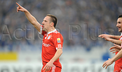 Munich's Franck Ribery strikes to  score for  0-1 and cheers during German Bundesliga match Schalke 04 vs Bayern Munich at Veltins Arena in Gelsenkirchen, Germany, 03 April 2010.