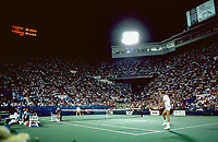 US Open 1989 The thrilling match between John McEnroe and the Dutch newcommer Paul Haarhuis at a full to overflowing stadium court, Haarhuis won the match.