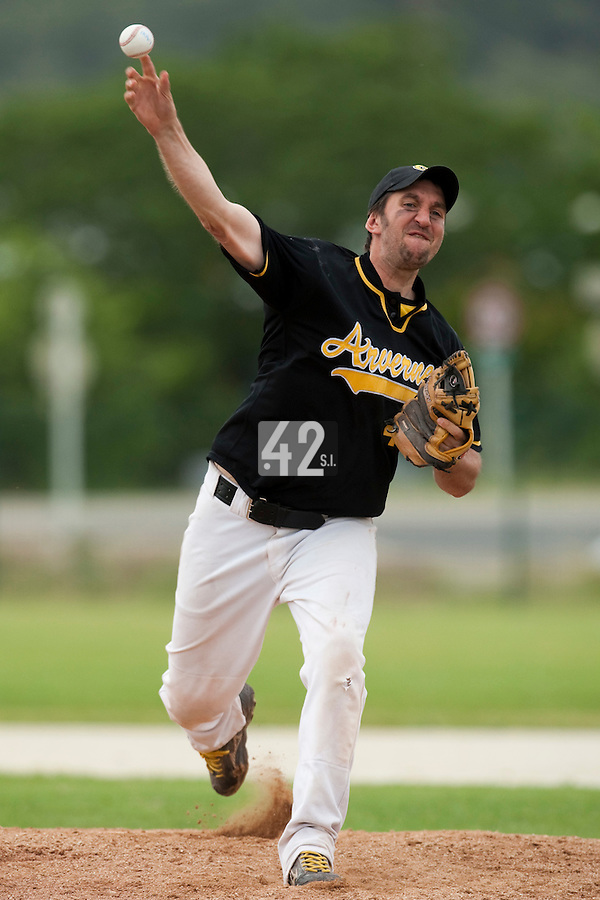 21 May 2009: Yoann Bernard of Clermont-Ferrand pitches against Savigny during the 2009 challenge de France, a tournament with the best French baseball teams - all eight elite league clubs - to determine a spot in the European Cup next year, at Montpellier, France.