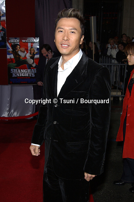Donnie Yen arriving at the premiere of SHANGHAI KNIGHT premiere at the El Captain in Los Angeles. February 2, 2003          -            YenDonnie41.jpg