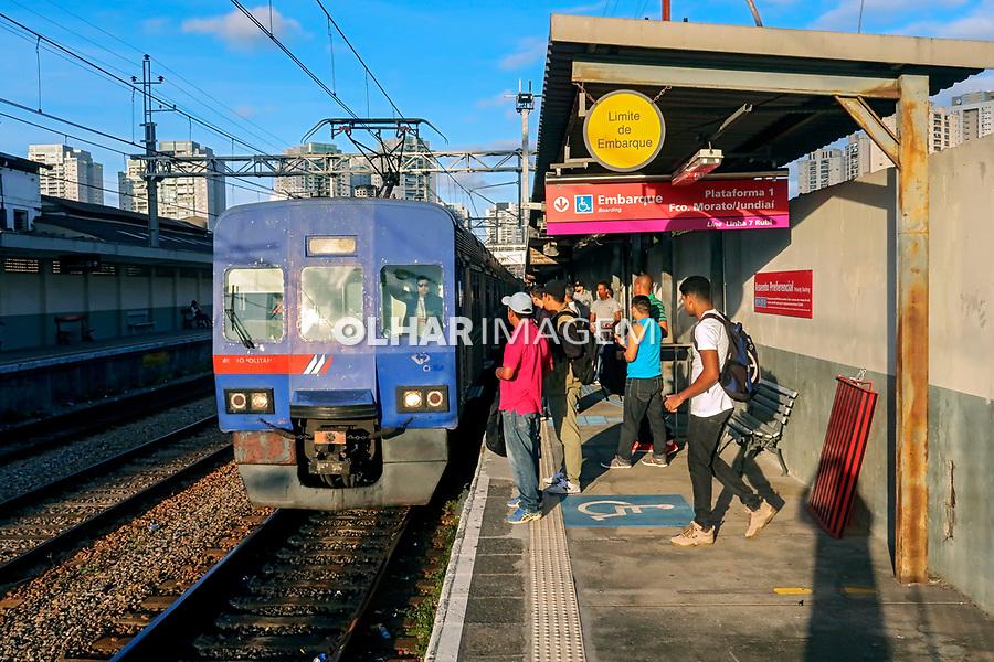 Transporte em trem, companhia Paulista de Trens Metropolitanos, CPTM, Sao paulo. 2018. Foto © Juca Martins.