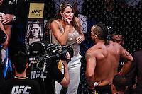 SÃO PAULO,SP, 08.11.2015 - UFC-SP -  Joana Prado esposa de Vitor Belfort (vermelho) durante UFC Fight Night São Paulo no Ginásio do Ibirapuera na região sul da cidade de São Paulo na madrugada deste domingo 08. (Foto: Vanessa Carvalho/Brazil Photo Press)