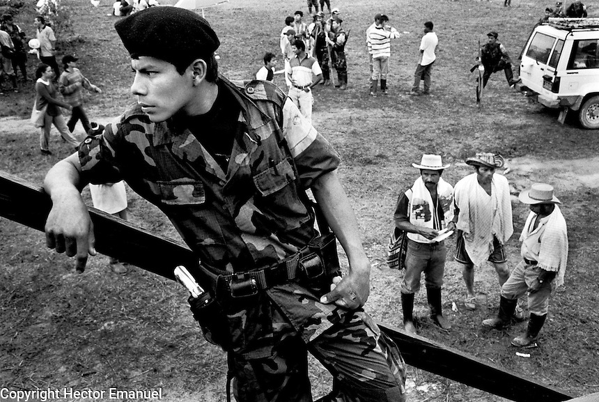 colombia1043 - FARC troops. La Macarena, june 2001<br />