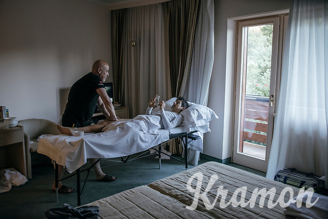 post-stage massage for Jes&uacute;s Hern&aacute;ndez (ESP/Trek-Segafredo) at the Trek-Segafredo hotel<br /> <br /> Stage 15: Valdengo &rsaquo; Bergamo (199km)<br /> 100th Giro d'Italia 2017