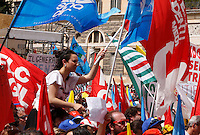 """Manifestazione sindacale in occasione dello sciopero contro la riforma della """"Buona Scuola"""" a Roma, 5 maggio 2015.<br /> Italian unions demonstrate on the occasion of the strike against the government's school reform, in Rome, 5 May 2015.<br /> UPDATE IMAGES PRESS/Riccardo De Luca"""