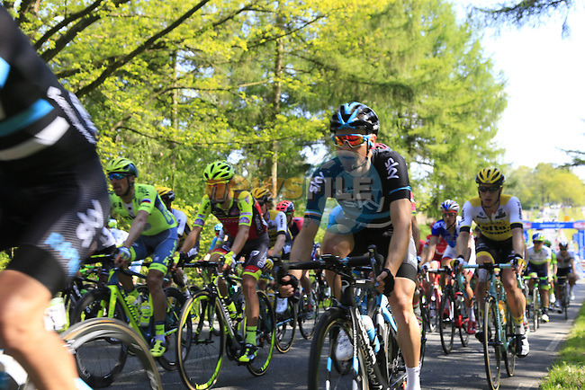 The peloton including Nicolas Roche (IRL) Team Sky summit Berg en Dal during Stage 2 of the 2016 Giro d'Italia running 190km from Arnhem to Nijmegen, The Nethrerlands. 7th May 2016.<br /> Picture: Eoin Clarke | Newsfile<br /> <br /> <br /> All photos usage must carry mandatory copyright credit (&copy; Newsfile | Eoin Clarke)