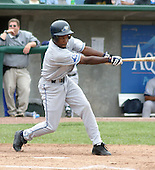 August 31, 2003:  Demetrius Heath of the West Michigan White Caps, Class-A affiliate of the Detroit Tigers, during a Midwest League game at Oldsmobile Park in Lansing, MI.  Photo by:  Mike Janes/Four Seam Images