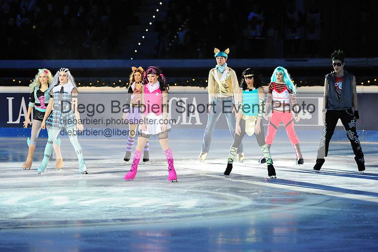 01 gennaio 2012 - Esibizione del gruppo Monster High a Capodanno on Ice, Palavela, Torino.
