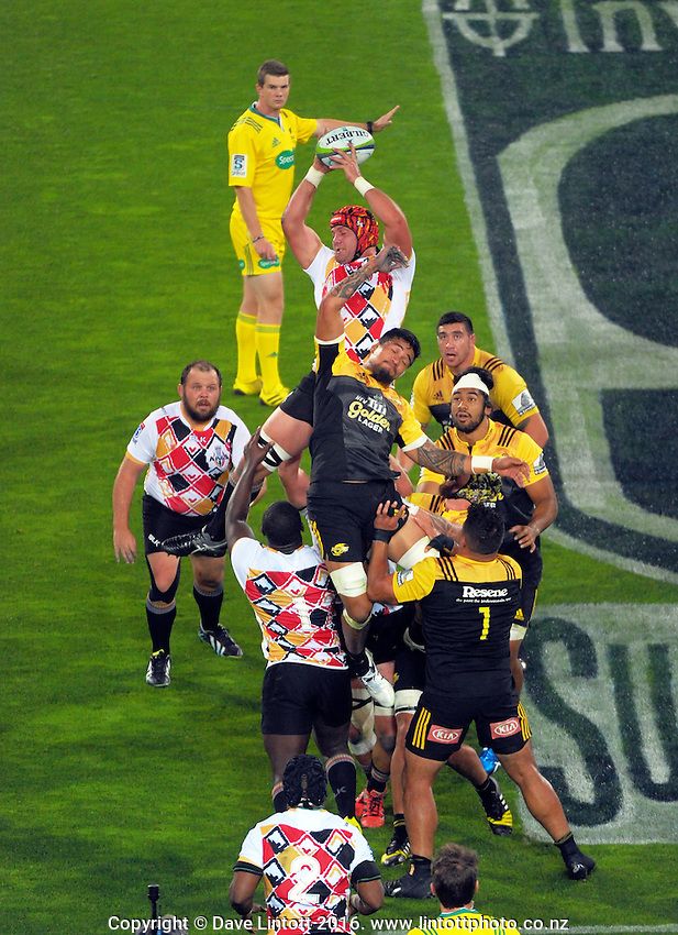 Steve Sykes beats Vaea Fifita to Kings lineout ball during the Super Rugby match between the Hurricanes and Southern Kings at Westpac Stadium, Wellington, New Zealand on Friday, 25 March 2016. Photo: Dave Lintott / lintottphoto.co.nz