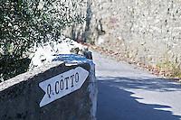road sign quinta do cotto douro portugal