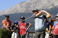 Andy Sullivan (ENG) tees off the 7th tee during Saturday's Round 3 of the 2018 Omega European Masters, held at the Golf Club Crans-Sur-Sierre, Crans Montana, Switzerland. 8th September 2018.<br /> Picture: Eoin Clarke | Golffile<br /> <br /> <br /> All photos usage must carry mandatory copyright credit (&copy; Golffile | Eoin Clarke)