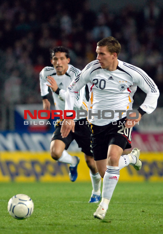 EM 06/07 Qualifikation Gruppe: D - <br /> Europameisterschafts-Endrunde<br /> <br /> Tschechien ( CZE ) - Deutschland ( GER ) 1 - 2<br /> <br /> Kevin Kuranyi, Lukas Podolski<br /> <br /> Foto :&copy; nph (nordphoto) *** Local Caption ***