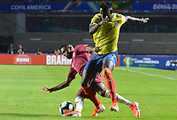 SAO PAULO – BRASIL, 19-06-2019: Duván Zapata de Colombia en acción durante partido de la Copa América Brasil 2019, grupo B, entre Colombia y Catar jugado en el Estadio Morumbí de Sao Paulo, Brasil. / Duvan Zapata of Colombia in action during the Copa America Brazil 2019 group B match between Colombia and Qatar played at Morumbi stadium in Sao Paulo, Brazil . Photos: VizzorImage / Julian Medina / Contribuidor