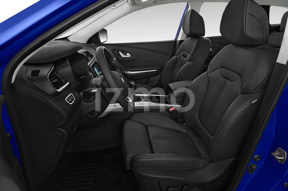 Front seat view of 2019 Renault Kadjar Intens 5 Door SUV Front Seat  car photos