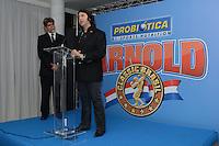 RIO DE JANEIRO, RJ, 26 JULHO 2012 - ANUNCIO DO ARNOLD CLASSIC BRASIL- Felipe Bonilha, organizador do evento e Marcelo Bella responsavel pela empresa Probiotica, patrocinadora do evento na cerimonia de anuncio do evento Arnold Classic Brasil que acontecera em Abril de 2013, englobando diversas modalidades esportivas, deu inicio a 14 edicao do evento Rio Sports Show que inicia amanha dia 27 no Pier Maua, nesta quinta-feira, 26 (FOTO: MARCELO FONSECA / BRAZIL PHOTO PRESS).