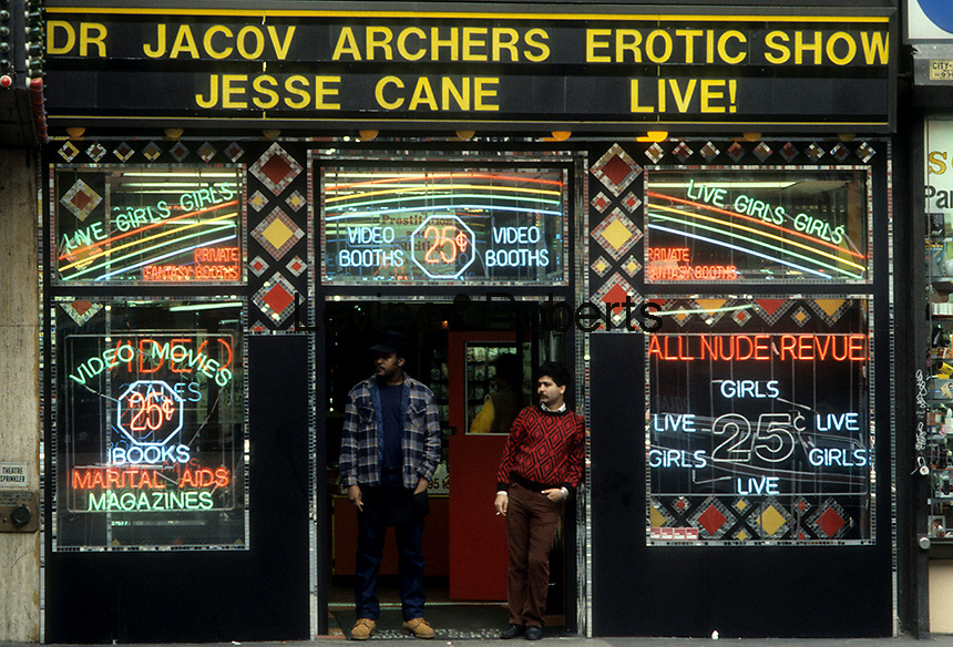 Dr. Jacov Archers Erotic Show on Seventh Avenue in Times Square in December 1987. (© Richard B. Levine)