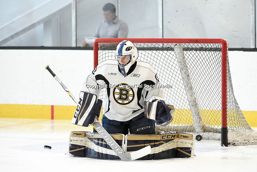 July 8, 2017: Boston Bruins goalie Jerany Swayman (80) protects the net during the Boston Bruins development camp held at Warrior Ice Arena in Brighton, Massachusetts. Eric Canha/CSM