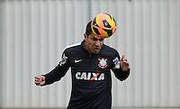 SÃO PAULO,SP, 27 julho 2013 -   Paolo Guerrero durante treino do Corinthians no CT Joaquim Grava na zona leste de Sao Paulo, onde o time se prepara  para para enfrentar o Sao Paulo pelo campeonato brasileiro . FOTO ALAN MORICI - BRAZIL FOTO PRESS