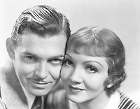 It Happened One Night (1934)<br /> Clark Gable, Claudette Colbert<br /> *Filmstill - Editorial Use Only*<br /> CAP/MFS<br /> Image supplied by Capital Pictures