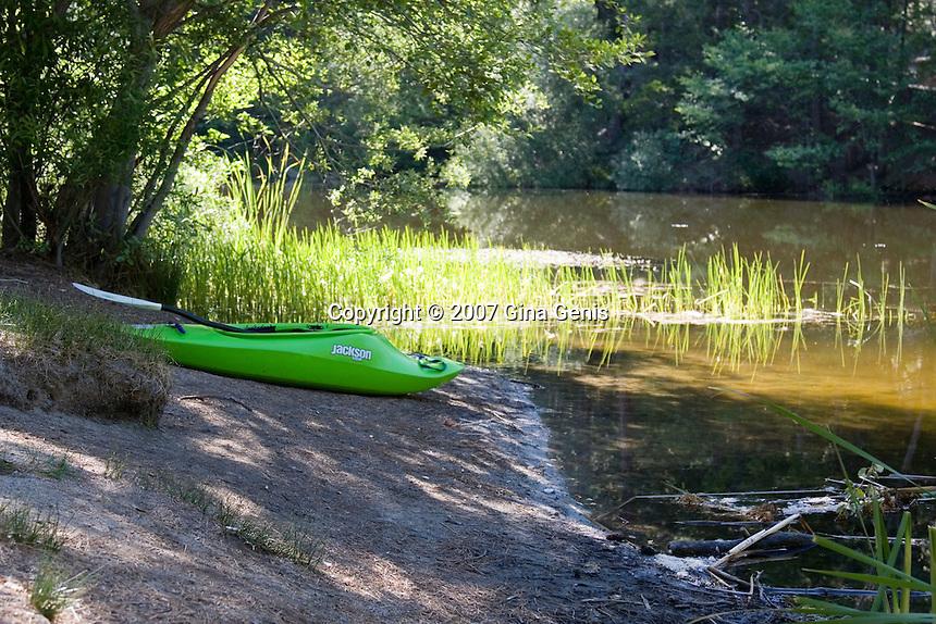 Green kayak on the shore at Lake Fulmor