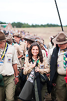 Hungarien scouts arriving at the Vlosing ceremony. Photo: Audun Ingebrigtsen / Scouterna