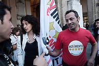 Parma:  grillini festeggiano l'elezione di Federico Pizzarotti  a sindaco di Parma dopo il ballottaggio con il candidato del PD Vincenzo Bernazzoli