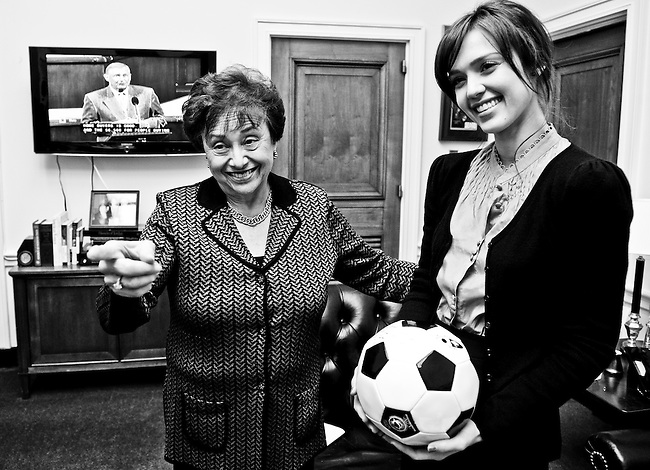 Rep. Nita Lowey, D-N.Y., meets with actress Jessica Alba to discuss global education on Nov. 5, 2009.
