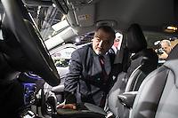 SAO PAULO, SP - 10.11.2016 - SALÃO-AUTOMÓVEL - O governador do Estado de São Paulo em exercício, Marcio França participa da <br /> cerimônia de abertura do Salão Internacional do Automóvel em São Paulo no expo Imigrantes na região sul da cidade de São <br /> Paulo  nesta quinta-feira,10. Junto com o ministro outras autoridades também marcaram presença, como  Paulo Hartung, <br /> governador do Estado do Espirito Santos e do Ministro da Indústria, Comércio Exterior e Serviços, Marcos Pereira(Foto: Fabricio Bomjardim / Brazil Photo Press)