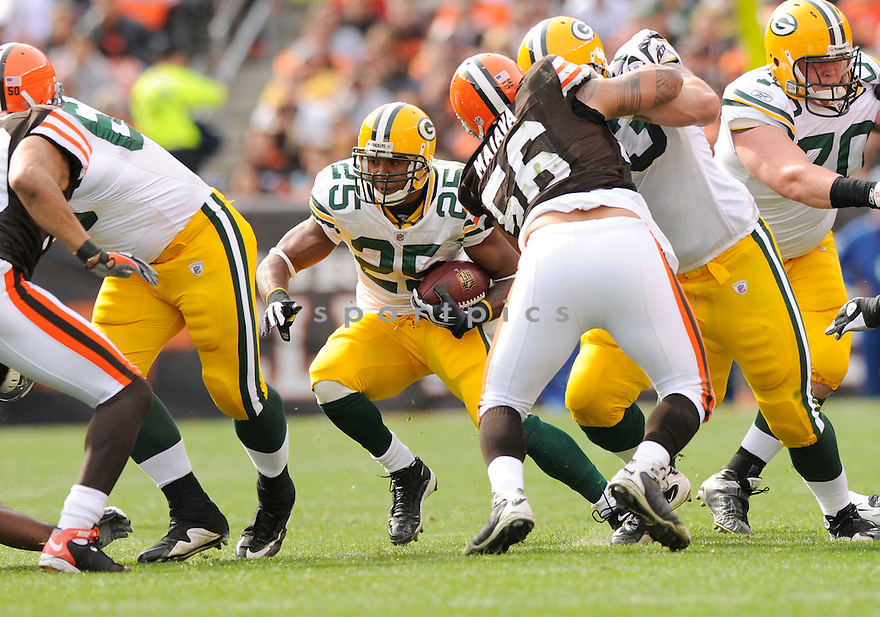 RYAN GRANT, of the Green Bay Packers in action during the Packers game against the Cleveland Browns on October 25, 2009 in Cleveland, OH. Packers won 31-3.