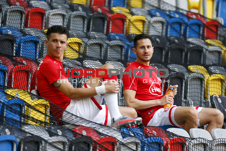 Alfredo Morales (F95), Steven Skrzybski (F95)<br /><br /><br />20.06.2020, Fussball, 1. Bundesliga, Saison 2019 / 2020<br />33.Spieltag, Fortuna Duesseldorf : FC Augsburg<br /><br />Foto : NORBERT SCHMIDT/POOL/ via Meuter/nordphoto<br /><br />Nur für journalistische Zwecke ! Only for editorial use .