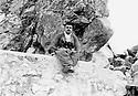 Iraq 1963.In Qara Dagh, on Sagerma mountain, Sheikh Mohamed Kasnazani  Irak 1963. Dans le Qara Dag, sur la montagne Sagerma, Sheikh Mohamed Kasnazani