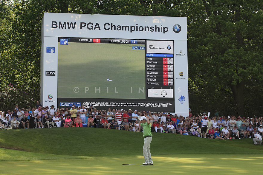 Peter Lawrie (IRL) in action during the final round of the BMW PGA Championship played on the West Course, Wentworth Club, Virginia Water, Surrey, England 24 - 27 May 2012. (Picture Credit / Phil Inglis)