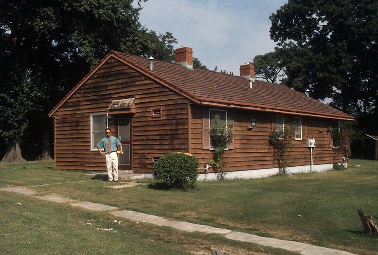 1993 September 17..Assisted Housing..Oakleaf Forest..before...NEG#.NRHA#..