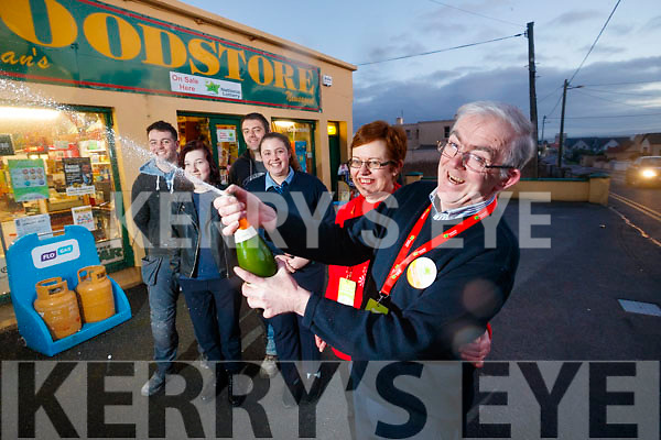Pictured at Bunyan's Food Store, Ballybunion, on Monday evening last, as they were celebrating selling the lucky €500,00 Euro Millions ticket l-r: Packie Allen, Tamzin Reay, William Bunion Mary Ellen O'Connor Angela Bunyan and Liam Bunyan.