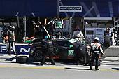 IMSA WeatherTech SportsCar Championship<br /> AMERICA'S TIRE 250<br /> Mazda Raceway Laguna Seca<br /> Monterey, CA USA<br /> Sunday 24 September 2017<br /> 93, Acura, Acura NSX, GTD, Andy Lally, Katherine Legge pit stop<br /> World Copyright: Richard Dole<br /> LAT Images<br /> ref: Digital Image DSC_3700