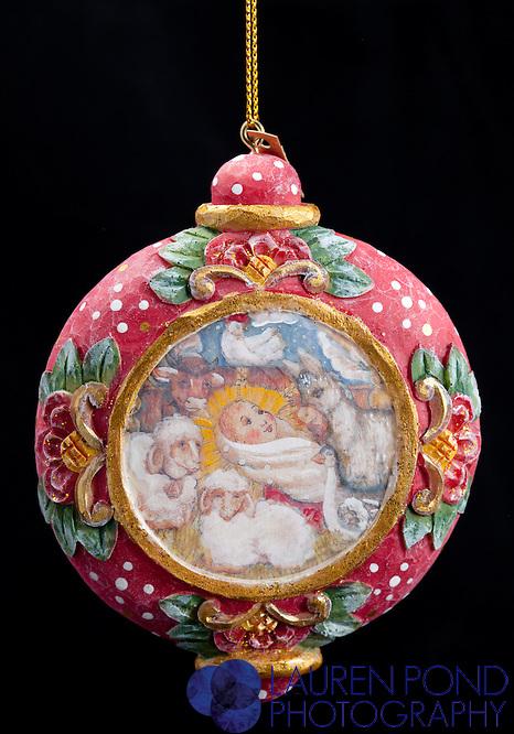 Ornament Village Nativity. G. deBrekht Artistic Studios.