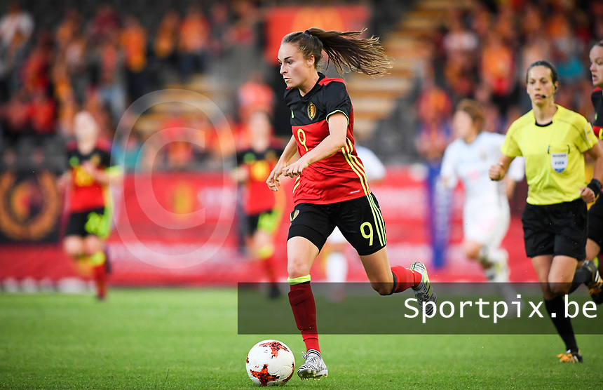 20170613 - LEUVEN ,  BELGIUM : Belgian Tessa Wullaert pictured during the friendly female soccer game between the Belgian Red Flames and JAPAN , a friendly game in the preparation for the European Championship in The Netherlands 2017  , Tuesday 13 th June 2017 at Stadion Den Dreef  in Leuven , Belgium. PHOTO SPORTPIX.BE | DAVID CATRY